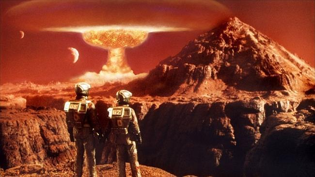 Did a massive Comet strike destroys Mars' very own atmosphere!?