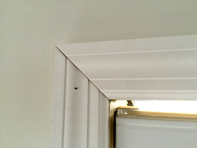 tight corner window casing