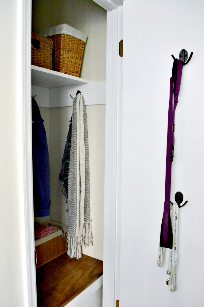 closet-door-with-new-hardware