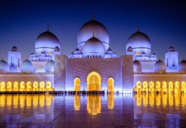 Sheikh Zayed Grand Mosque, Abu Dhabi, UAE