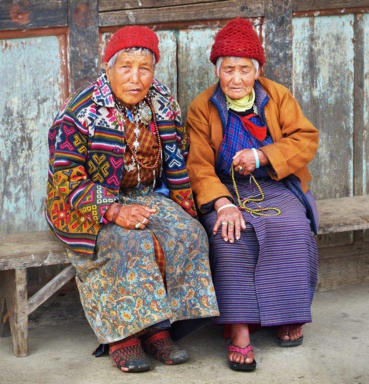 Friends at roadside, Nobding, Bhutan