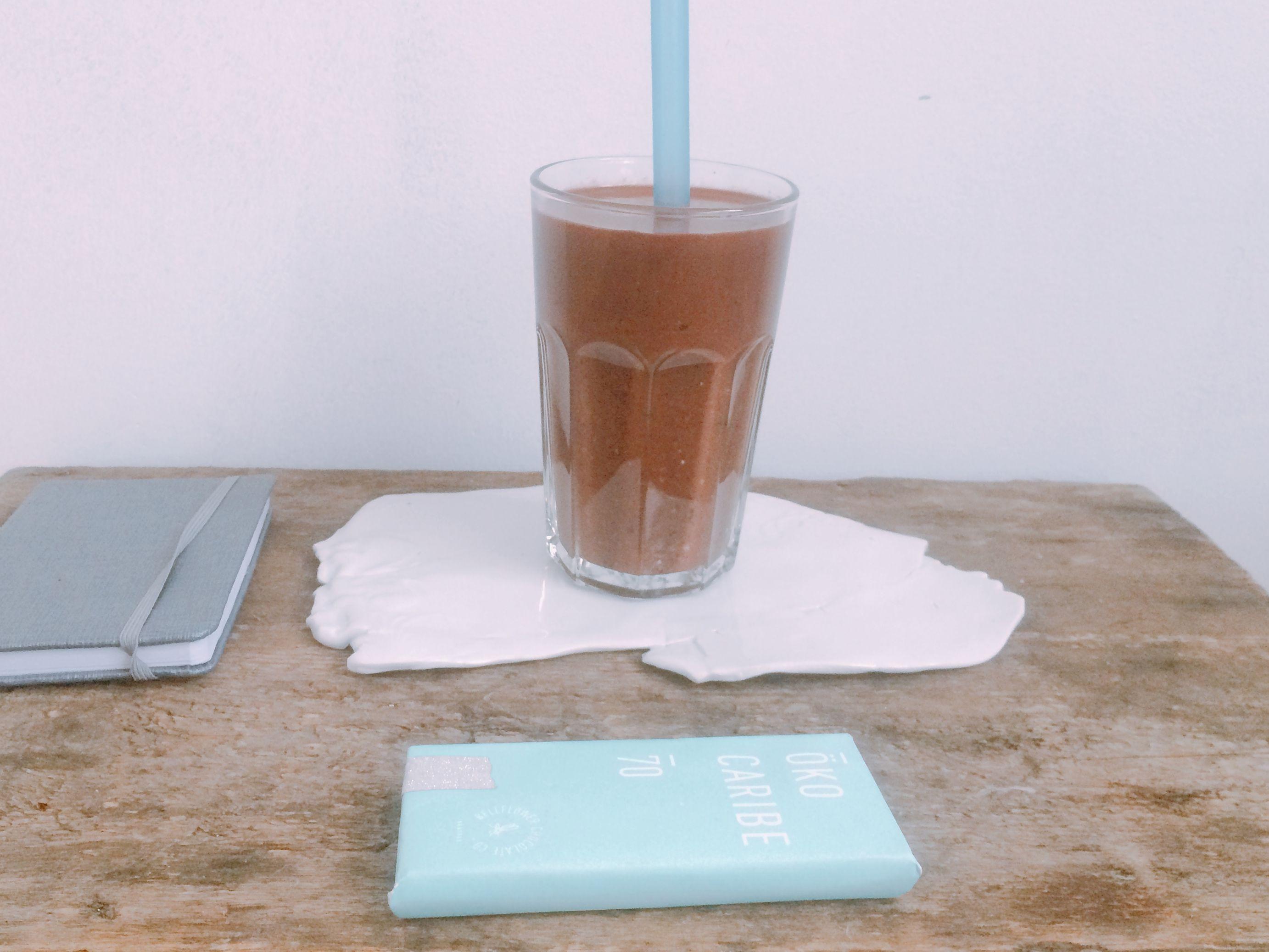 Koktajl czekoladowy z fasoli i kaszy z warsztatów z gwiazdą
