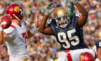 Ian Williams is going to have to be a beast in the middle of the Irish defensive line in order for the unit to find more success in 2010.  (Photo - Icon SMI)