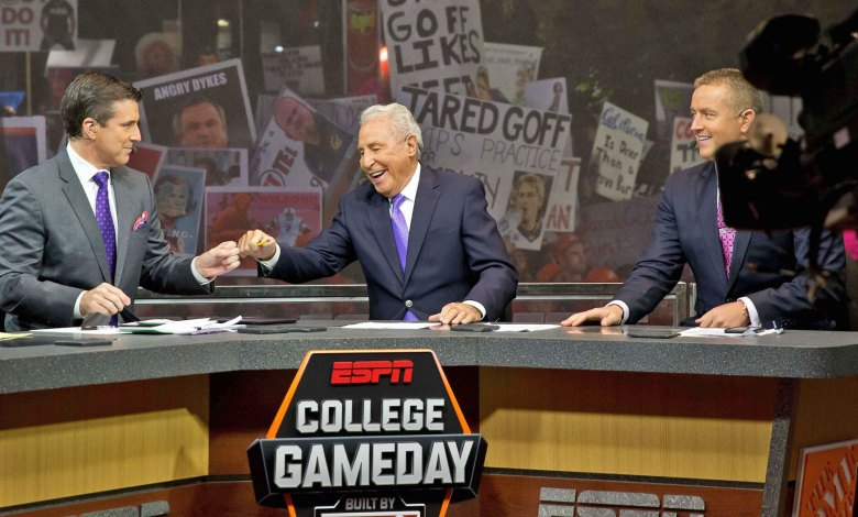 ESPN GameDay will be at Notre Dame for Week 1