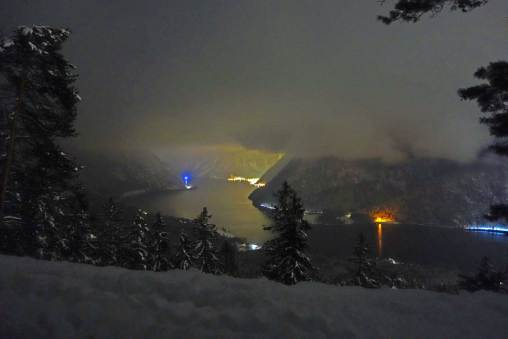 Winter Night's View from Simonyiblick to Hallstatt