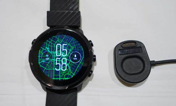 Suunto 7 and Charger