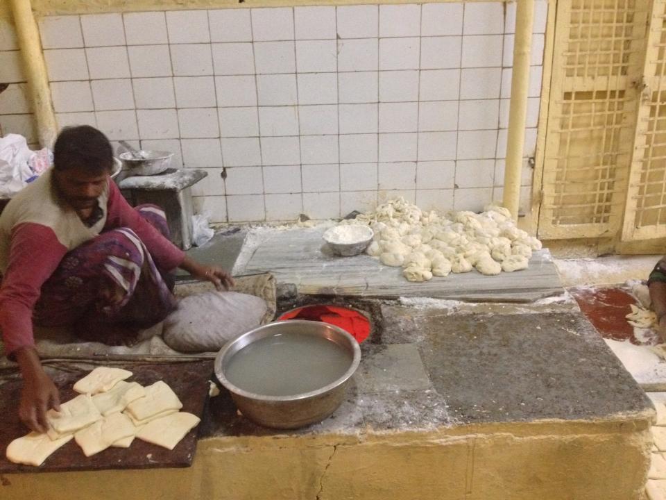 Fresh Nihari roti made on tandoor oven