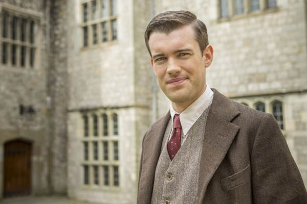 Decline and Fall, serie anglaise de BBC One
