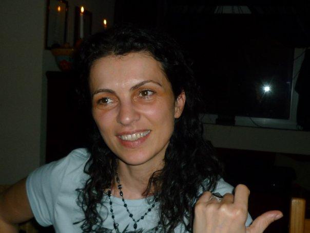 Indira Kartallozi