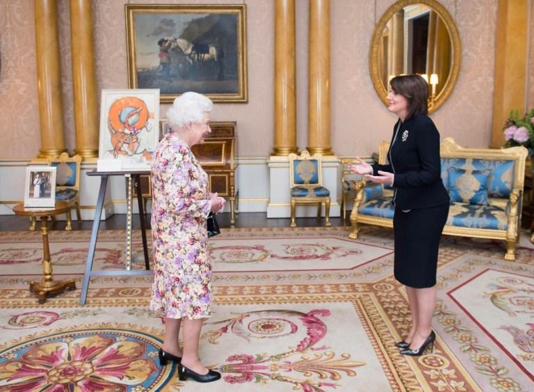 Presidentja e Kosovës, Atifete Jahjaga, u takua sot me mbretëreshën britanike, Elizabeta II në Londër.