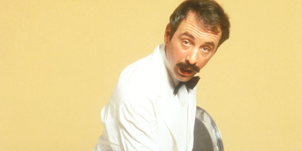 """The """"immigrant"""" who made Britain laugh, Fawlty Towers' Manuel, dies aged 86"""