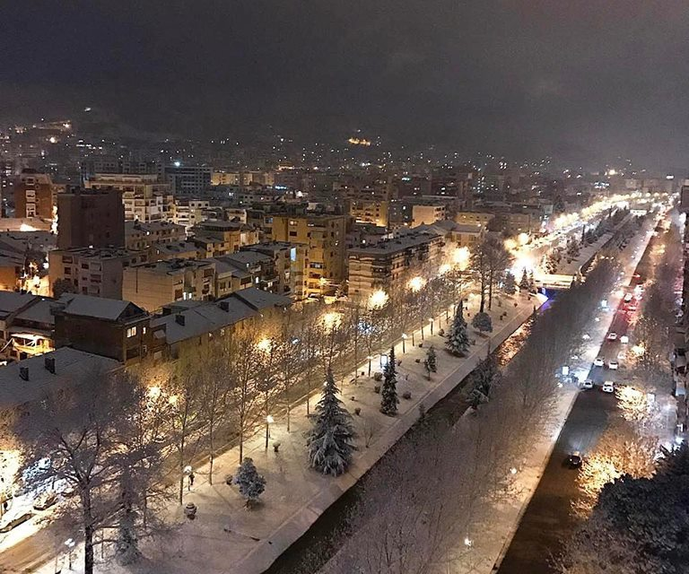 This winter brought the first snow in Tirana after 32 years (Photos)