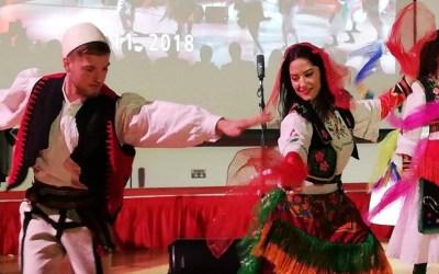 Si festuan 28 nëntorin shqiptarët e Londrës (Video)