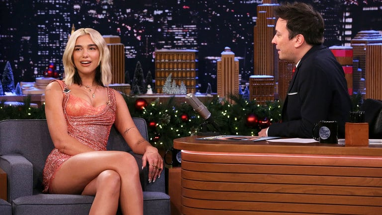 Dua Lipa talking about Kosovo on The Tonight Show Starring Jimmy Fallon (Videos)