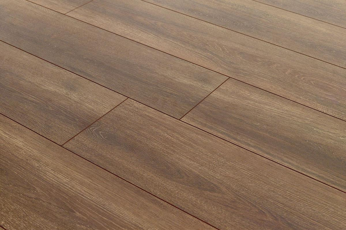 Aqualock 8mm Laminate Flooring Barn Oak