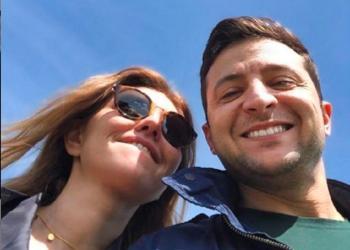 زيلينسكي يهنأ زوجته بعيد ميلادها.