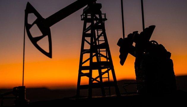 ارتفاع أسعار النفط وسط تحسن الآفاق الاقتصادية