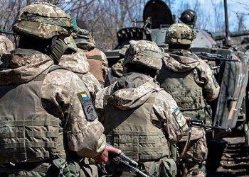 اطلاق النار من قذائف هاون على مواقع القوات المسلحة بالقرب من لوهانسك