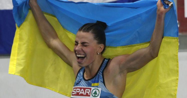 الأوكرانية مارينا بيخ رومانشوك بطلة أوروبا في الوثب الطويل