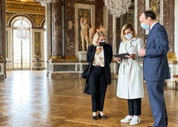 أولينا زيلينسكا تطلق دليل صوتي باللغة الأوكرانية في قصر فرساي