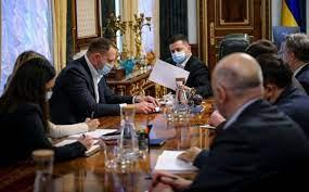 زيلينسكي يصدر قرارا لعقد اجتماع لمجلس الأمن القومي والدفاع
