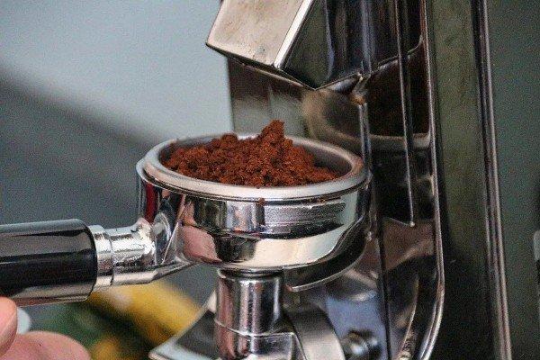 طريقة صديقة للبيئة للتخلص من القهوة المطحونة