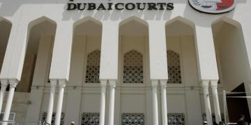 اتهام رجل أعمال بإصدار تهديدات وإهانات بعد انفصال العلاقة
