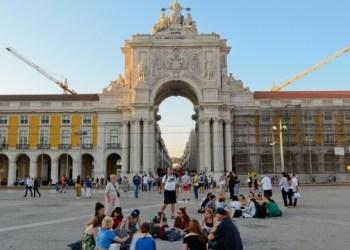 البرتغال تفتح ابوابها امام السياح