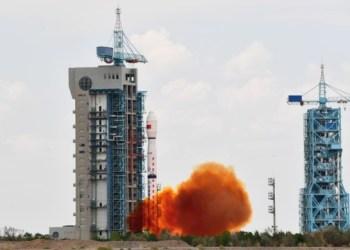 الصين تطلق قمرا صناعيا أوقيانوغرافيًا جديدًا في المدار