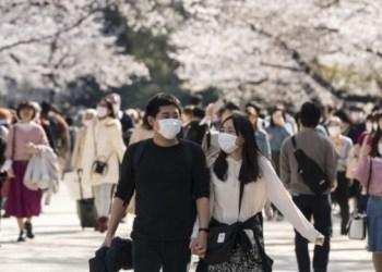 بسبب فيروس كورونا السلطات اليابانية تدعو المواطنين للبقاء في منازلهم في عطلة نهاية الأسبوع