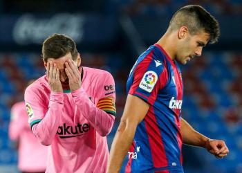 حزن ميسي وكومان مع انهيار تحدي لقب برشلونة على ليفانتي
