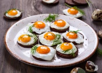 هل تناول البيض يوميا يضر بالصحة؟