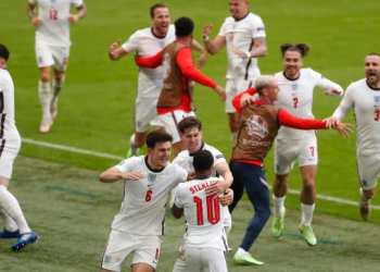 المنتخب الانجليزي يشق طريقه إلى ربع النهائي