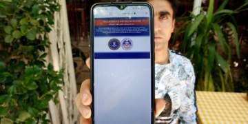 ايران تؤكد على إن مصادرة المواقع الإلكترونية الأمريكية لا تساعد في المحادثات النووية