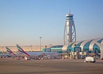 رئيس التنفيذي لمطارات دبي يتوقع أن يحل جواز سفر اللقاح محل الاختبار