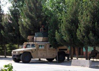 طالبان تسيطر على معبر طاجيكستان الحدودي الرئيسي في أفغانستان