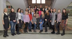 كلية خاركوف للمنسوجات والتصميم