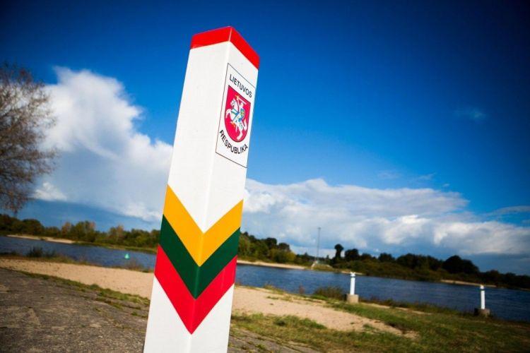 ليتوانيا تعلن بناء سياج مع بيلاروسيا بطول 600 كم