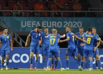 المنتخب الأوكراني لكرة القدم يفوز على السويد ويصل لأول مرة إلى ربع نهائي بطولة أوروبا