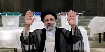 تعيين إيران المحافظة للغاية الفائز في الانتخابات الرئاسية