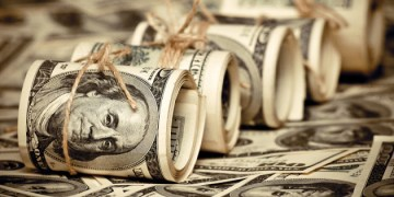 أوكرانيا تستبدل سندات اليورو بـ 500 مليون دولار
