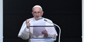 البابا فرنسيس حزين جدا لانفجار بغداد