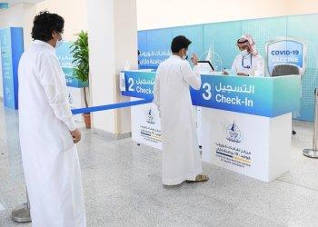 السعودية تؤكد 16 حالة وفاة بكوفيد -19 ، حيث تجاوزت الحالات 500 ألف