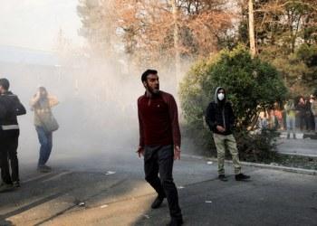 مقتل ضابط شرطة في اضطرابات وسط احتجاج على المياه