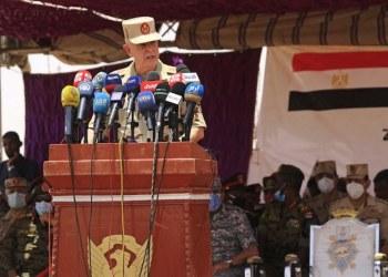 رئيس الأركان المصري يدعو الوحدة العسكرية في المنطقة الجنوبية إلى توخي اليقظة والاستعداد للقتال