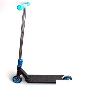 Phoenix Complete Scooter - Black/Teal