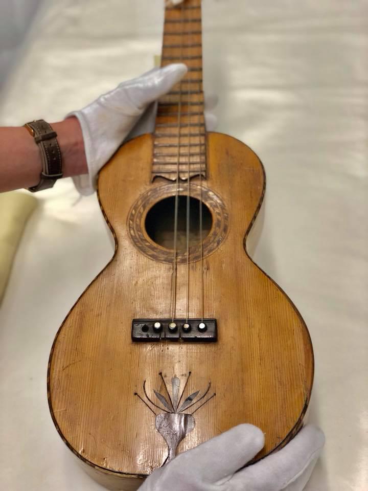 www.ukulelemag.com