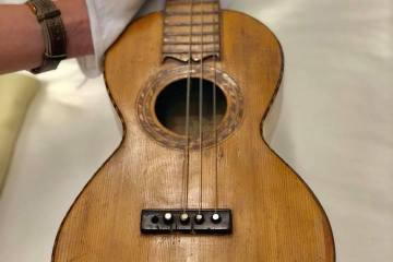 A 5-string rajao, made by Augusto Dias around 1896, with spruce top and koa back and sides