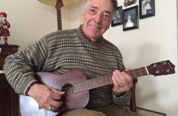ukulele player michael anthony