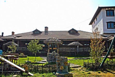Restoran-ulpiana-fine-food-and-bavarage